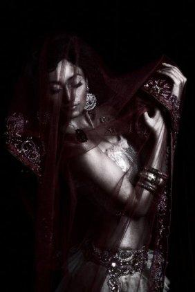 Mujer Velada